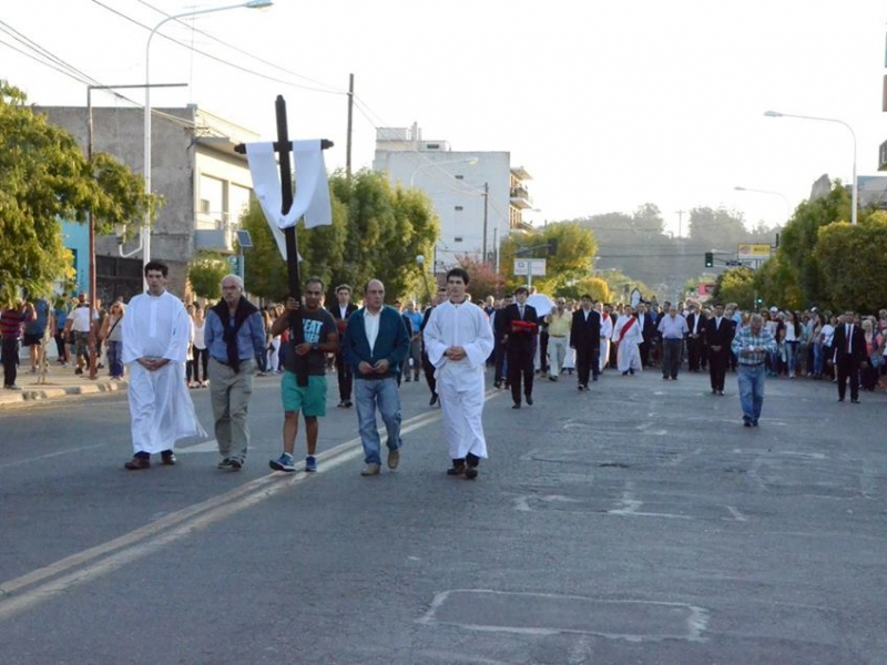 Procesión del Viernes Santo - Colegio San José Tandil